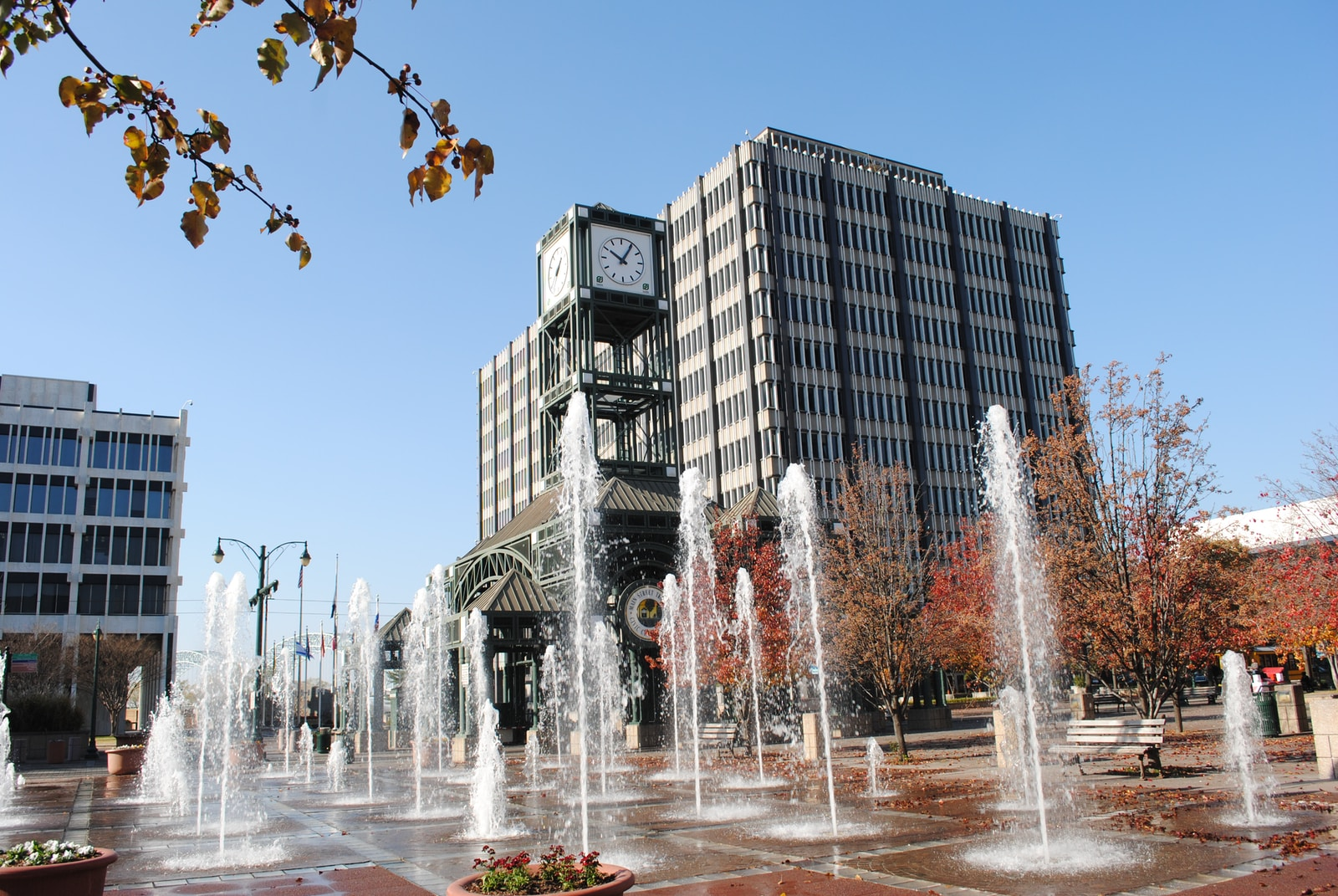 water fountain in front of building during daytime